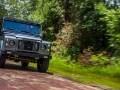 Перестроенный Land Rover Defender получил имя Kingsman - фото 5