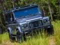 Перестроенный Land Rover Defender получил имя Kingsman - фото 7