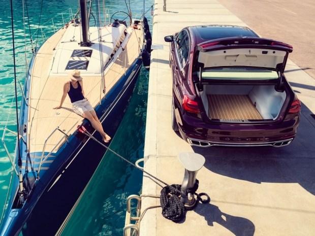 Флагманскую БМВ 7-Series посвятили дорогим яхтам