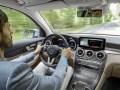 Mercedes-Benz запустил в серию водородный кроссовер - фото 19