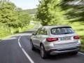 Mercedes-Benz запустил в серию водородный кроссовер - фото 23