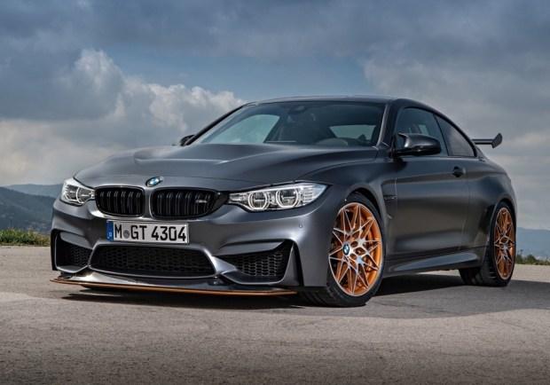До M4 CS самым крутым купе BMW M4 был автомобиль в версии GTS. Ее выпустили ограниченным тиражом 700 экземпляров. 431-сильнаяя машина стала на 80 килограммов легче, получила систему впрыска воды и может набирать первую «сотню» за 3,8 секунды – на 0,3 секунды быстрее стандартной версии M4