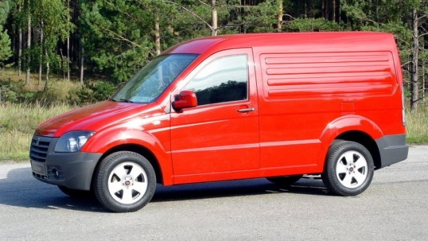 Заднеприводный прототип фургона ГАЗ-2332 CityVan (2006 года)
