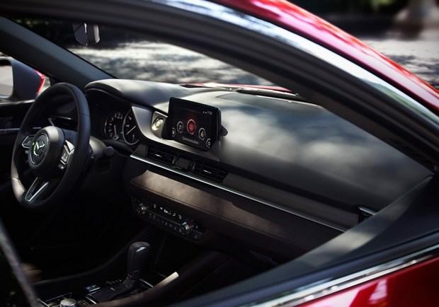 Интерьер Mazda6 нового поколения