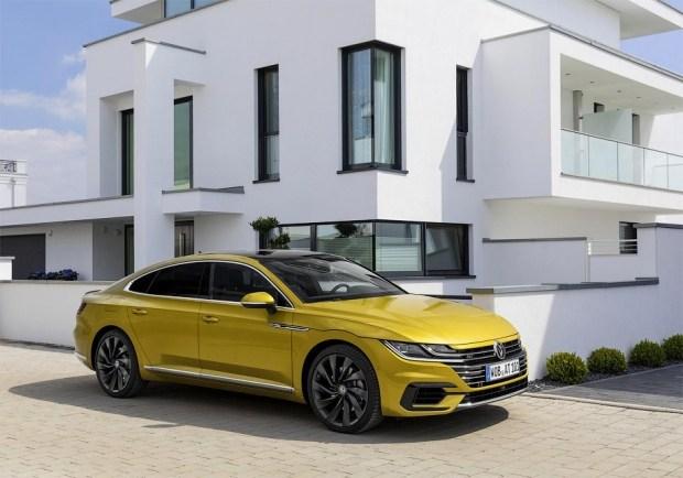 VW выпустит Arteon Rс400-сильным агрегатом