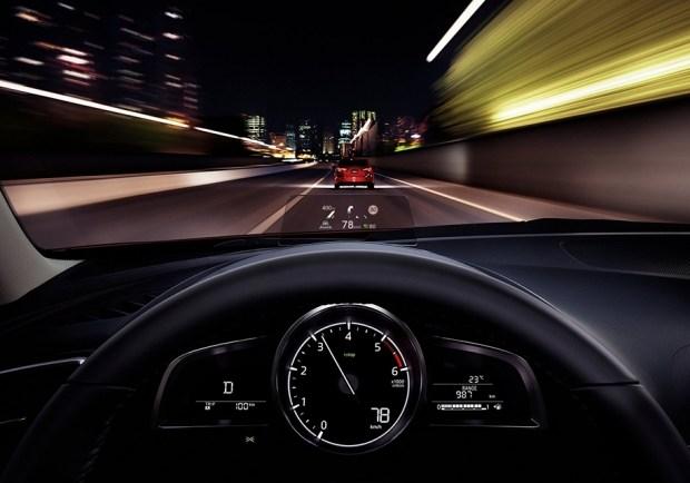 Приборная панель нынешней Mazda3