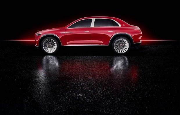 Электрокроссовер Vision Mercedes-Maybach Ultimate Luxury показали накануне премьеры