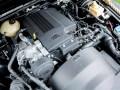 Land Rover Джеймса Бонда продадут на аукционе - фото 7