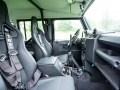 Land Rover Джеймса Бонда продадут на аукционе - фото 10