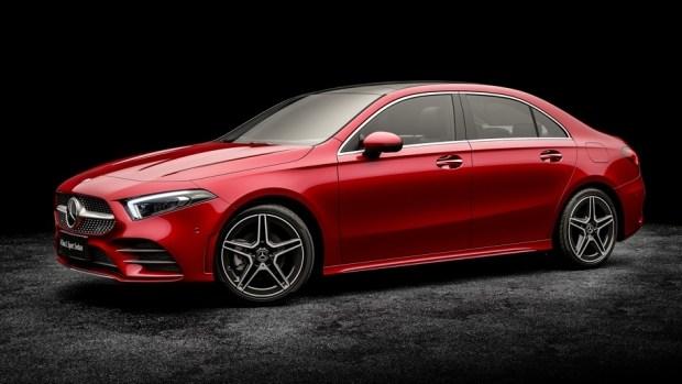 Колесная база седана Mercedes-Benz A-Class для китайского рынка на 60 миллиметров больше, чем у машин для Европы.