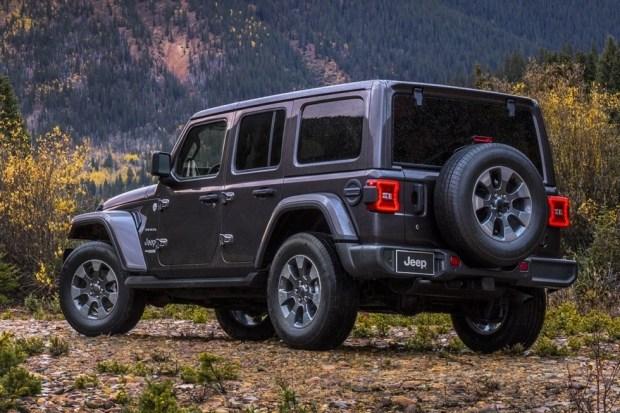 Новый Jeep Wrangler может развалиться находу: плохо сварили раму