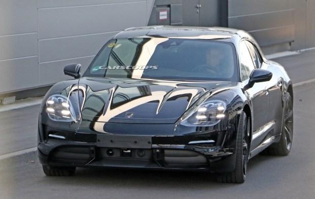 Фотофакт. Электрический универсал Porsche Taycan вышел на тесты