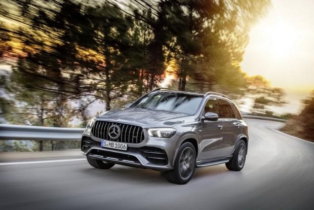 Mercedes-Benz GLE 53 2020 получит обновленный салон и мощный гибридный двигатель