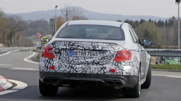Появились фотографии обновленного Mercedes-AMG E63 2021