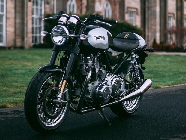 Norton совместно с Breitling подготовил спецверсию Commando 961