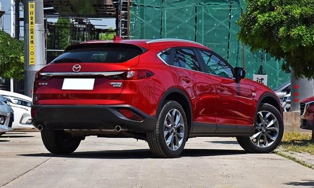 Улучшенный купеобразный кросс Мазда CX-4 показали наофициальных фото
