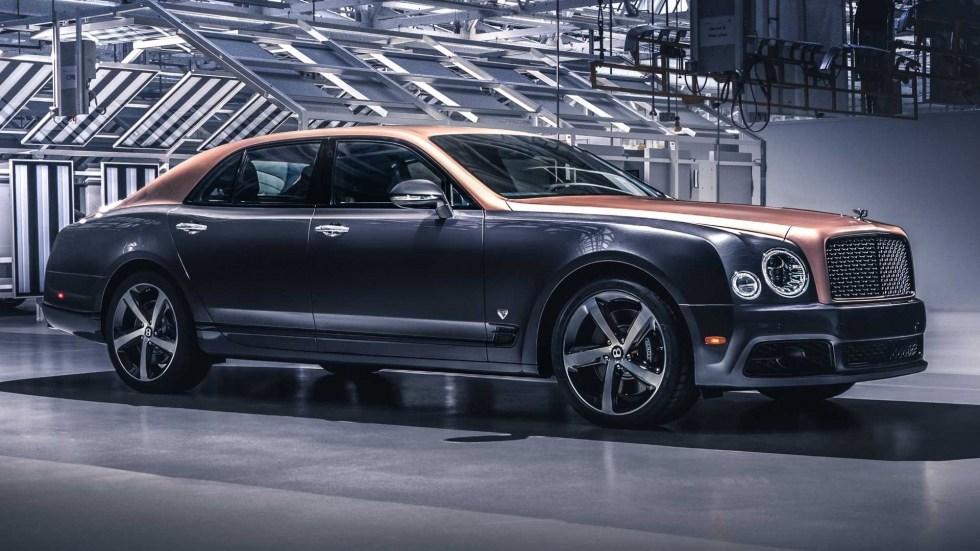 Bentley собрала последний роскошный седан и попрощалась с любимым V8