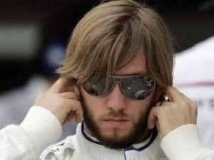 Команда Mercedes отказалась поддерживать Ника Хайдфельда