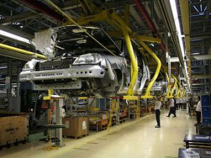 Выпуск Chevrolet Niva остановлен из-за нехватки гидроусилителей руля