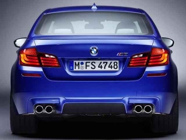 2012 BMW M5 information.