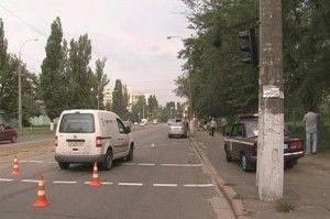 Катастрофа на ДВРЗ: автолюбитель проломил авто замечтавшись