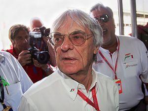 Экклстоун отказался менять календарь Формулы-1