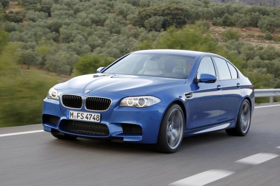 BMW M5 2011 Картинка 16 Размер 800x533.