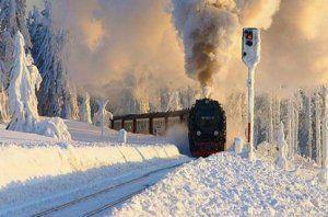Укрзализныця запустила 24 особых поезда