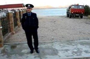 Крымские сотрудники ДПС 3 дня гнались за фекалиями