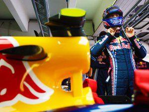 Баттон и Уэббер первыми протестируют обновленные машины Макларен и Red Bull