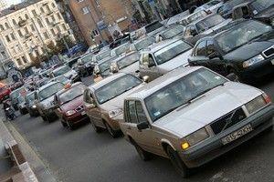 Кабмин принял порядок развития земской базы данных об необходимом техконтроле автотранспорта