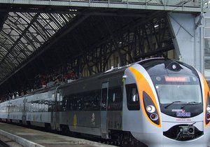 Укрзалізниця сообщила о восстановлении видео графика поездов Хендай