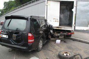 В ДТП на Надднепрянском шоссе пострадала мать с 1,5-годовалой дочуркой