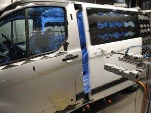 Обновленный Форд Транзит Custom с успехом выносит необычные проверки