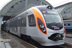 Поезд Хендай опять вышел из строя, задержав 8 иных рейсов