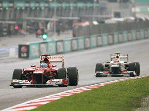 Команды Формулы-1 блокировали легализацию абонентных автошасси