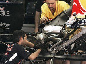 Пилотам Формулы-1 надо будет применять 4 мотора за год