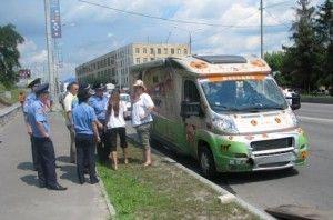 Трайлер с голландскими болельщиками попал в ДТП в Харькове