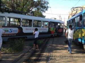 В Одессе трамвай сошёл с рельсов: есть потерпевшие