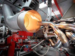 Звук свежих моторов Формулы-1 сопоставили с криком мировых кораблей