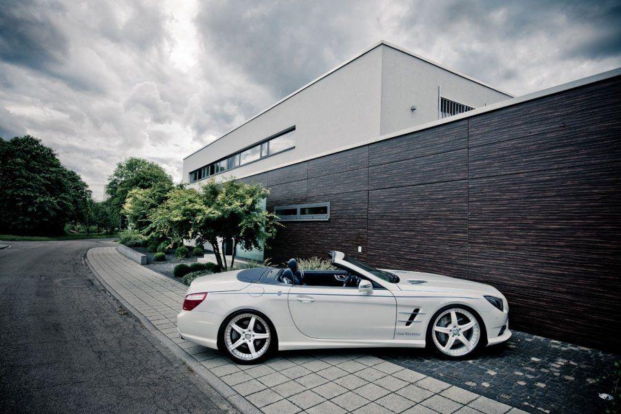 На этот раз мастера немецкой конторы решили...  Ferrari 458 Italia.  Audi R8. и. Mercedes-Benz SL.