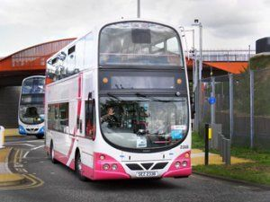 Ирландскому автолюбителю возвратили выделенные права из-за неловких автобусов