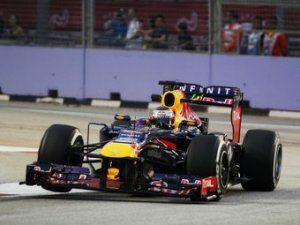 Себастьян Феттель выиграл вечернюю гонку Формулы-1 в Сингапуре