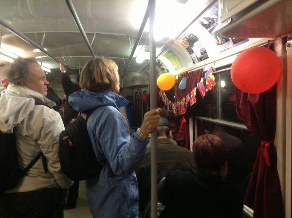 В Киеве можно обозначить любой праздник в удивительном трамвае