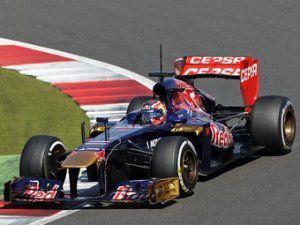 Даниил Квят выполнит два дня на шинных тестах Формулы-1