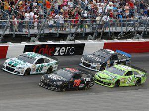 Войну за титул в NASCAR сделают еще зрелищнее
