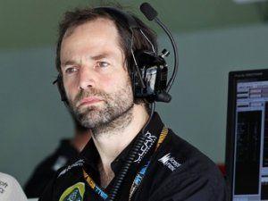 Бригада Макларен увела гоночного инженера у «Лотуса»