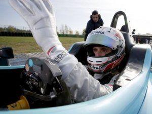 Любимец казахстанских спонсоров будет участвовать в тестах Формулы-1
