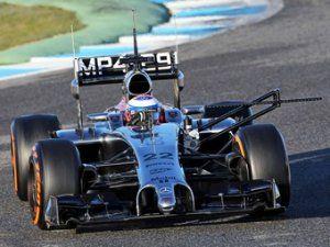 Болид Макларен затмил всех соперников на тестах Формулы-1