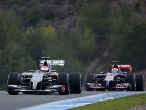 Гонщики Формулы-1 представили свежие машины чересчур неспешными